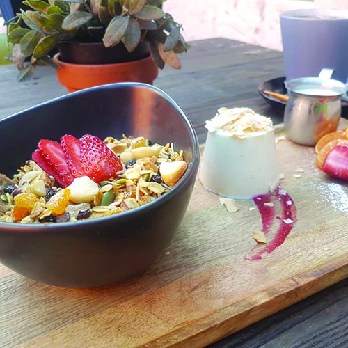 brekky_0000_Toasted Macademia Muesli with Coconut Panna Cotta